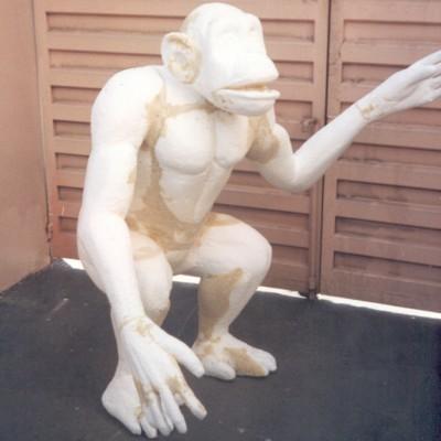 Cliente:BETO CARRERO WORLD ( FAMILIA TARZAN/ SHITA) Mídia: Exposição Tipo: Escultura, Boneco Ano: 1997 Técnica: Escultura em Isopor Material: Isopor e Poliuretano Rígido Pintura:  Tamanho:  aprox. 2.30 mts.