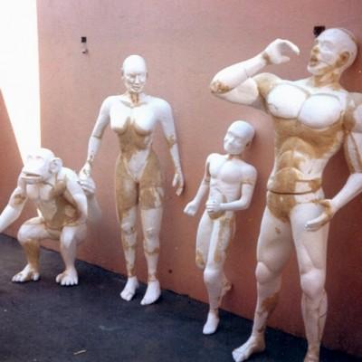Cliente:BETO CARRERO WORLD ( FAMILIA TARZAN)  Mídia: Exposição Tipo: Escultura, Boneco Ano: 1997 Técnica: Escultura em Isopor Material: Isopor e Poliuretano Rígido Pintura:  Tamanho:  aprox. 2.30 mts.
